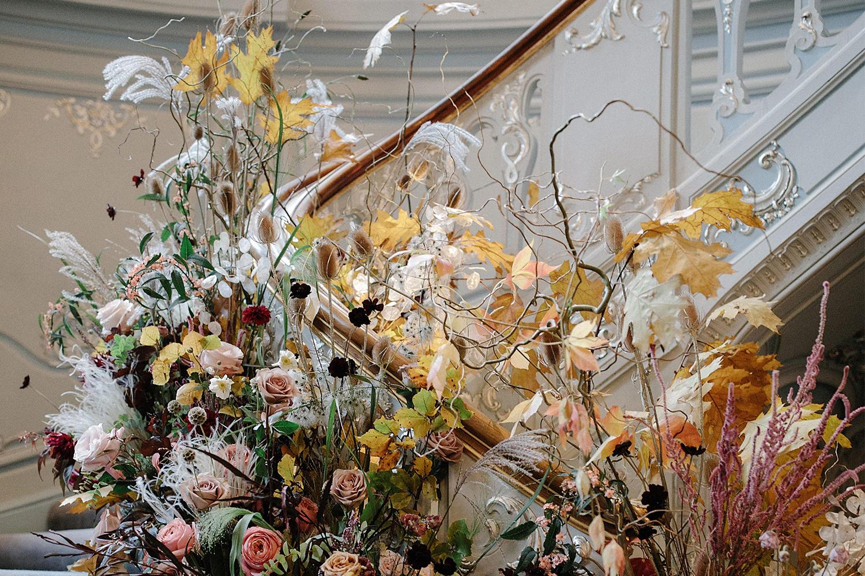 0621_The Fold_New Wedding Trends_Article_JamJar Flowers_1500x1000.jpg